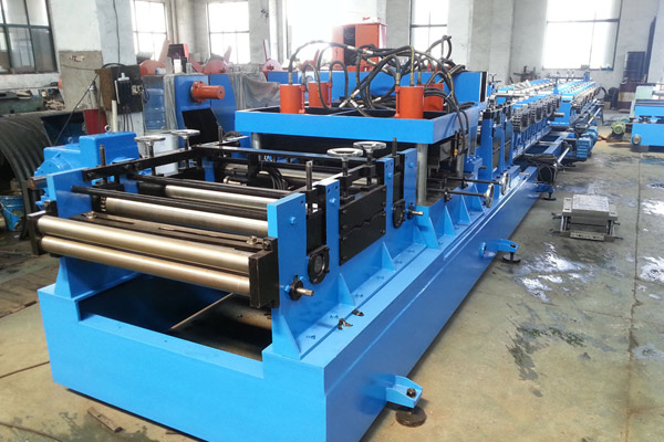heavy-gauge-heavy-duty-purlin-roll-forming-machine-5.jpg