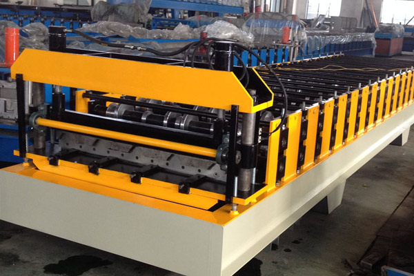 ibr-roof-sheet-roll-forming-machine-2.jpg